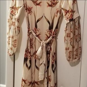 Dresses & Skirts - BCBGMAXAZRIA floral dress